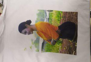 从WER-EP6090T打印机为缅甸客户打印T恤样品